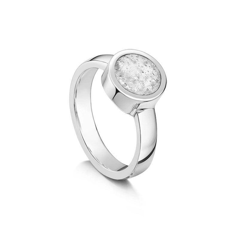 Tribute Ring Silver Clear